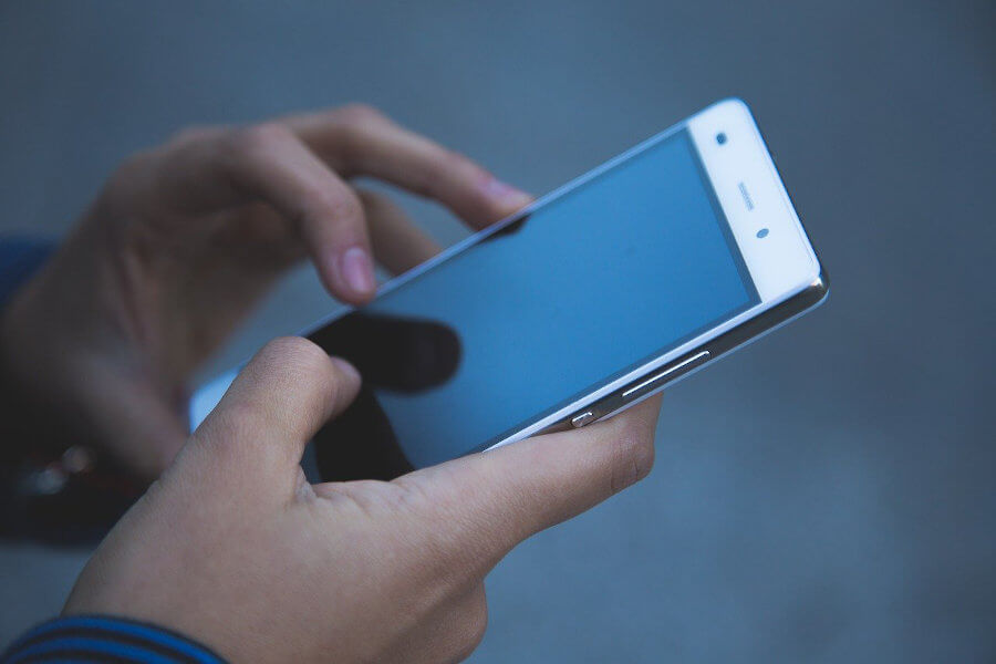 Handy und Personalgewinngung