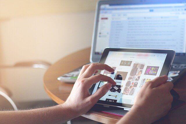Online-Event am Tablet